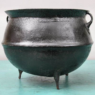 ALUMINIUM AFRICAN COOKING POT
